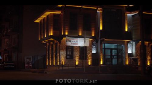 Borc-2018-1080p-WEB-DL-H264-AAC--TORK_00_45_15_00_5.jpg